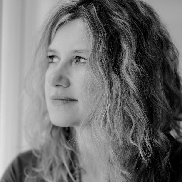 Billede Forfattere biografier Forlaget Aurora Boreal litteratur Forfatterfoto Andrea Jeftanovic